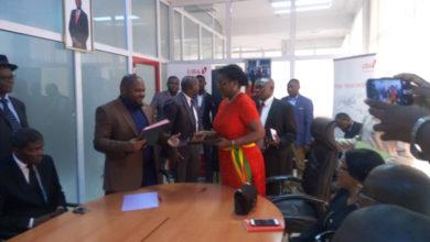Photo of Décentralisation : accord de partenariat entre Uba et Douala ll