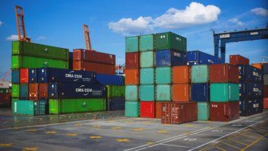Photo of Commerce extérieur: vers une limitation des importations dans les secteurs de l'agroalimentaire, le cosmétique et la cimenterie