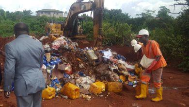 Photo of Assainissement des marchés : 25 tonnes de produits avariés saisis par le Mincommerce