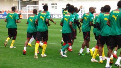 Photo of Le ministre des Sports tance la FECAFOOT sur les équipements des Lions indomptables