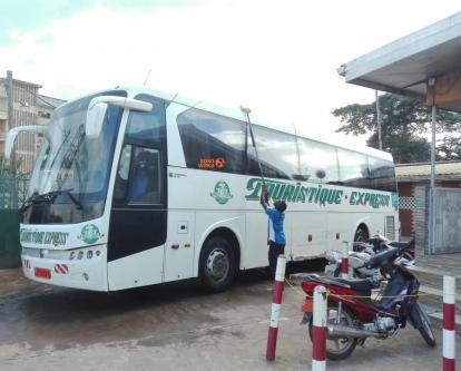 Touristique Express, des bus aux arrêts, des activités en baisse