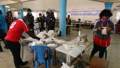 Photo of La ville de Douala lance 6 unités de fabrication de masques