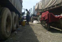 Photo of La douane camerounaise et les transporteurs tchadiens à couteaux tirés