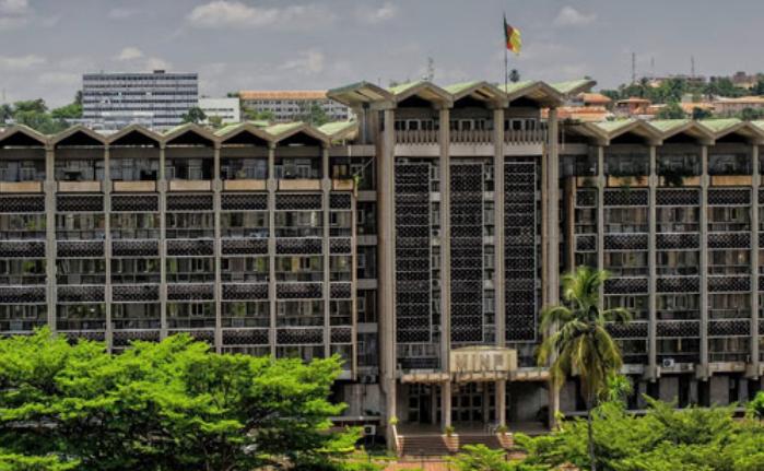 Cameroun, secteur Bancaire, Microfinances, Banques