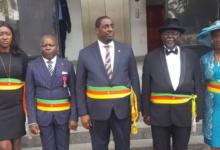 Photo of Douala : deux adjoints au maire en conflit de compétences
