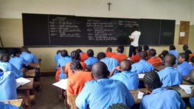 Photo of La banque Mondiale va débloquer 71 milliards de F pour le système éducatif camerounais