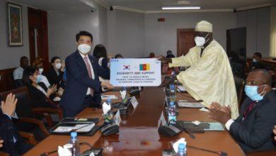 Photo of Lutte contre la covid-19 : la Corée du Sud offre 58 millions au Cameroun